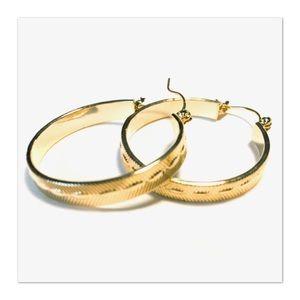 NEW Hoop Earrings Etched Goldtone